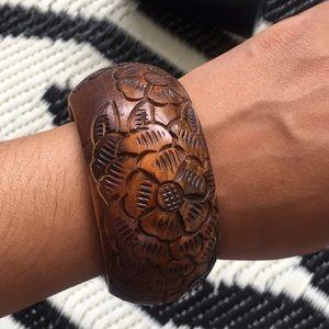 Vintage boho hippie carved wood bangle bracelet